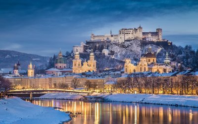 Small-Group Christmas Markets Day Trip to Salzburg from Vienna